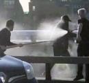 ロンドン橋のテロリストを取り押さえた市民が持っていた武器が話題