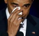 オバマ大統領、泣く