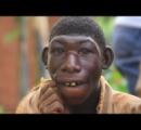 【衝撃】村人全員から「猿」と言われてイジメられ続けた少年の悲劇。