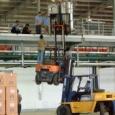 【画像】倉庫で働いてるやつ、これくらいのことは普通やるよな?www。