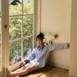 『【乃木坂46】Yシャツから太ももが・・・動物に愛される女、与田祐希♡♡』の画像