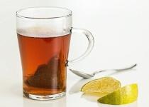 ワイ「紅茶よりもコーヒーのほうが目が覚める」
