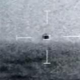 『【世界のミステリー】海中に飛び込むUFOが撮影される』の画像