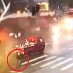 【動画】中国、交差点の信号機にトラックが衝突!落ちた信号灯の下には歩行者が…!?