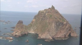 韓国がロシア軍機に警告射撃…竹島周辺