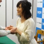 山本彩ちゃんの握手会がヤバイwwwwwwwwwwww【画像あり】 アイドルファンマスター