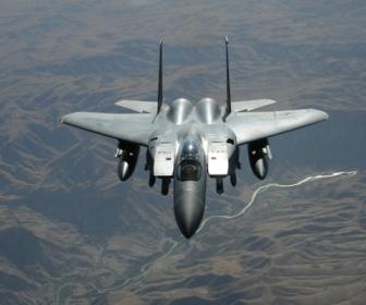 【軍事】米空軍、レーザー兵器でのミサイル迎撃に成功 小型化可能で21年にF15戦闘機に搭載へ 空中戦の様相は一変