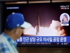 【韓国終了】 ムン大統領、北朝鮮に弾道ミサイル供与していたwwwwwwww