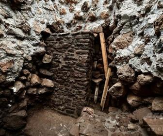 【考古学】メキシコ地震で被災のアステカ遺跡、中から新たな神殿見つかる