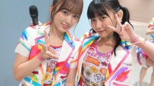 矢吹奈子の髪色が明らかに! HKT48握手会会場で「なこみく」ツーショット
