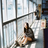『【乃木坂46】どこに座ってるんだwww 北野日奈子さん、ショーパンで生脚全開!!!!!!キタ━━━━(゚∀゚)━━━━!!!』の画像