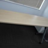 『平行スタッキングテーブル』の画像