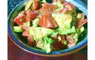 『サラダご飯と鳥肉のリンゴ焼き.男の簡単手料理。』の画像