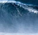 【ポルトガル】ブラジル人サーファーが24m超の波に乗り世界記録更新 ナザレ