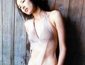 吉瀬美智子のスレンダーボディエロ過ぎwww