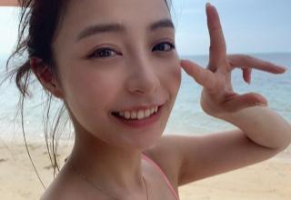 【画像】宇垣美里さんがセクシー過ぎる格好を公開