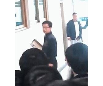 距離を保ったままガン見して自慰行為・・・処罰できず無罪に-韓国