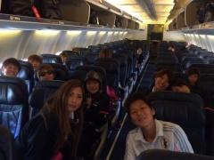 【画像】決戦の地、バンクーバーへ向かう飛行機の中でお茶目ななでしこ澤www