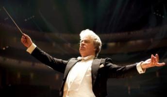 同じ楽曲なのに指揮者によって変わってくる不思議。どう違うか聴き比べてみる