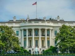 【速報】武漢のウイルス研究員が1000の極秘資料を持ってアメリカ大使館に亡命!!!! 海外メディアが次々と報じる!!!!