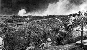 第一次世界大戦イカレすぎだろ、狂ってるとしか思えないんだが。