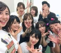 【乃木坂46】チューリップで記念撮影キター!ヒム子かわいいww