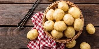 嫁カレーのジャガイモが「ちょっと固いかな…」て話したら鬼ギレ。事実だからしょうがない…良いことが1つだけ消化不良で便秘にはならん。