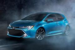 トヨタ、米国仕様の新型「カローラハッチバック」画像公開!
