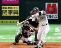 阪神原口9戦ぶりスタメンマスク、積極打法で2安打