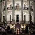 米軍はホワイトハウスで議会を逮捕した