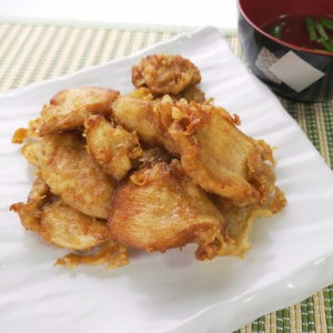 硬派な味付け!鶏むね肉の天ぷら