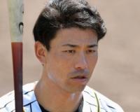 阪神伊藤隼太(31)二軍.111(9-1)6三振+金銭←引き取ってくれる球団