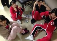 【AKB48】鈴木紫帆里、またしても12期の群れに絡まれるww
