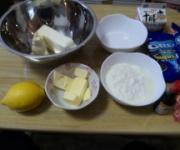 レアチーズケーキ作る