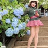 『【留美子讃歌 18】ミニ、スキニー、ショートパンツ、紫陽花を背景に撮った写真の数々』の画像