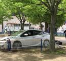 保育園児らが遊んでいた公園に車突っ込む。女性保育士が園児かばい骨折。千葉県