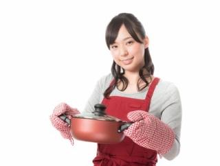 料理作ってる横でグダグダ口出してくる義妹が本当にムカつく。義妹「それそんなに水出て大丈夫なの?」「もっと早くから作れば良かったね」全然自分のペースで料理できない→なので…