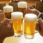 上司「とりあえず全員ビールで」ワイ「ワイはコーラで」一同「ファッ!?」