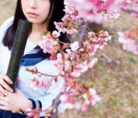 """【欅坂46】ねる「ヤンマガ」グラビアで""""引っ越し"""" エプロンやセーラー服!かわいすぎるうううう!"""