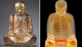 仏像をスキャンしてみたら中に1100年前のミイラがいたらしい