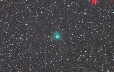 『離れつつある岩本彗星(C 2018 Y1)』の画像