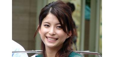 【朗報】元夫が自殺した上原多香子、再婚して子供も授かったと報告!!