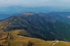 軽の19歳少年転落死 軽自動車愛好家と15台で山林を走行中250m崖下へ