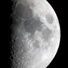 『上弦の月(月齢7.0)と月面X&月面V?』の画像