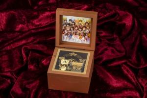 【アイマス】15周年記念「なんどでも笑おう」オルゴールが発売決定!予約は12月23日まで!