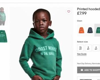 H&M、猿と書かれたパーカーのモデルに黒人の少年を起用し人種差別と批判され謝罪、広告の差し替え(画像あり)