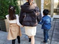 【乃木坂46】柴田柚菜、年の離れた妹と弟とのスリーショット!!!!!