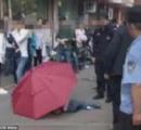 中国の少年が傘を開いてビル10階から落下し重傷