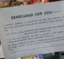 駅で一目ぼれした男性を探すために、貼り紙をした女性が話題に