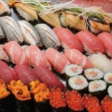 『【悲報】寿司より安い寿司屋の株、ネット民「今後の飲食株は全部こうなる可能性高い」』の画像